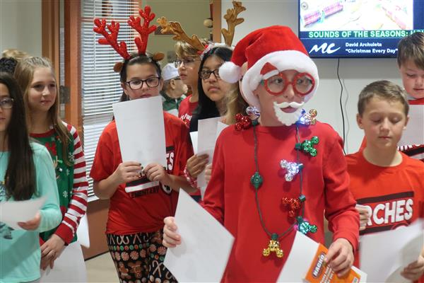 Birches Fifth-Graders Share Stockings, Spread Holiday Cheer to Veterans in Vineland