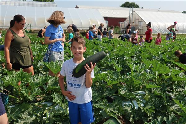 "Washington Township Student-Farmers Donate More Than 20,000 Pounds of Squash to ""Farmers Against Hunger"""