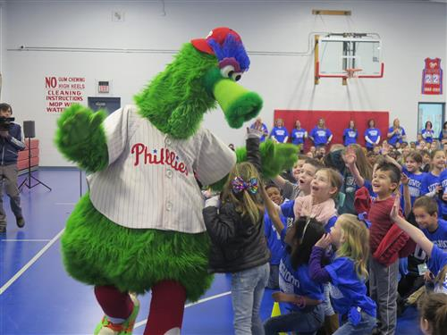 Phillie Phanatic Surprises Wedgwood Readers